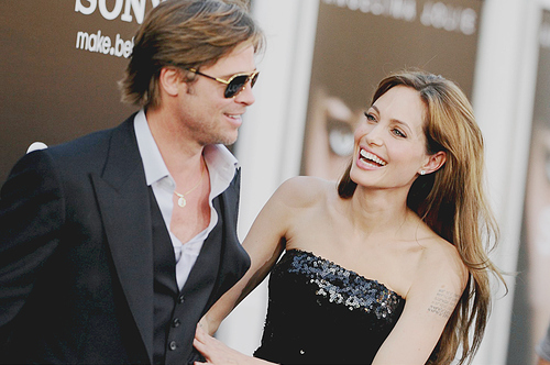angelina-jolie-beauty-brad-pitt-couple-red-carpet-Favim.com-141269